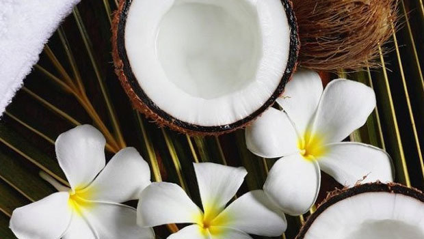 header_image_benefits-of-coconut-oil-fustany